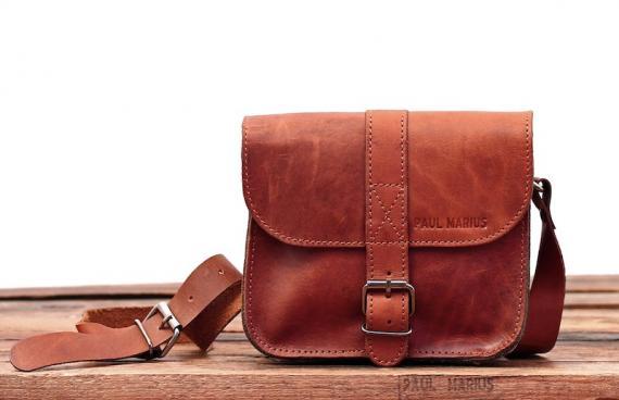 essentiel-naturel-sac-bandouliere-cuir-besace-sacoche-pochette-vintage-paul-marius-1