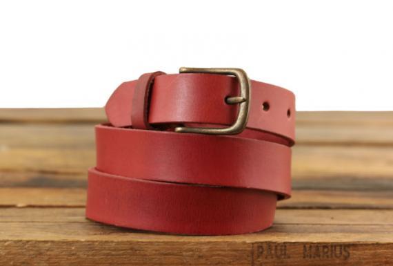 la-ceinture-a-boucle-rouge
