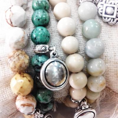 4 bracelets pierres semi precieuses blow bijoux