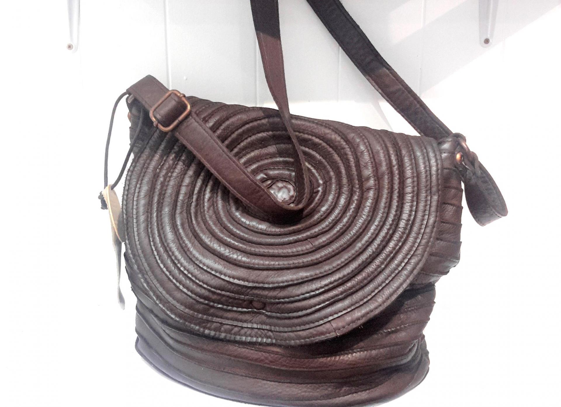 April bag art sac cercles marron