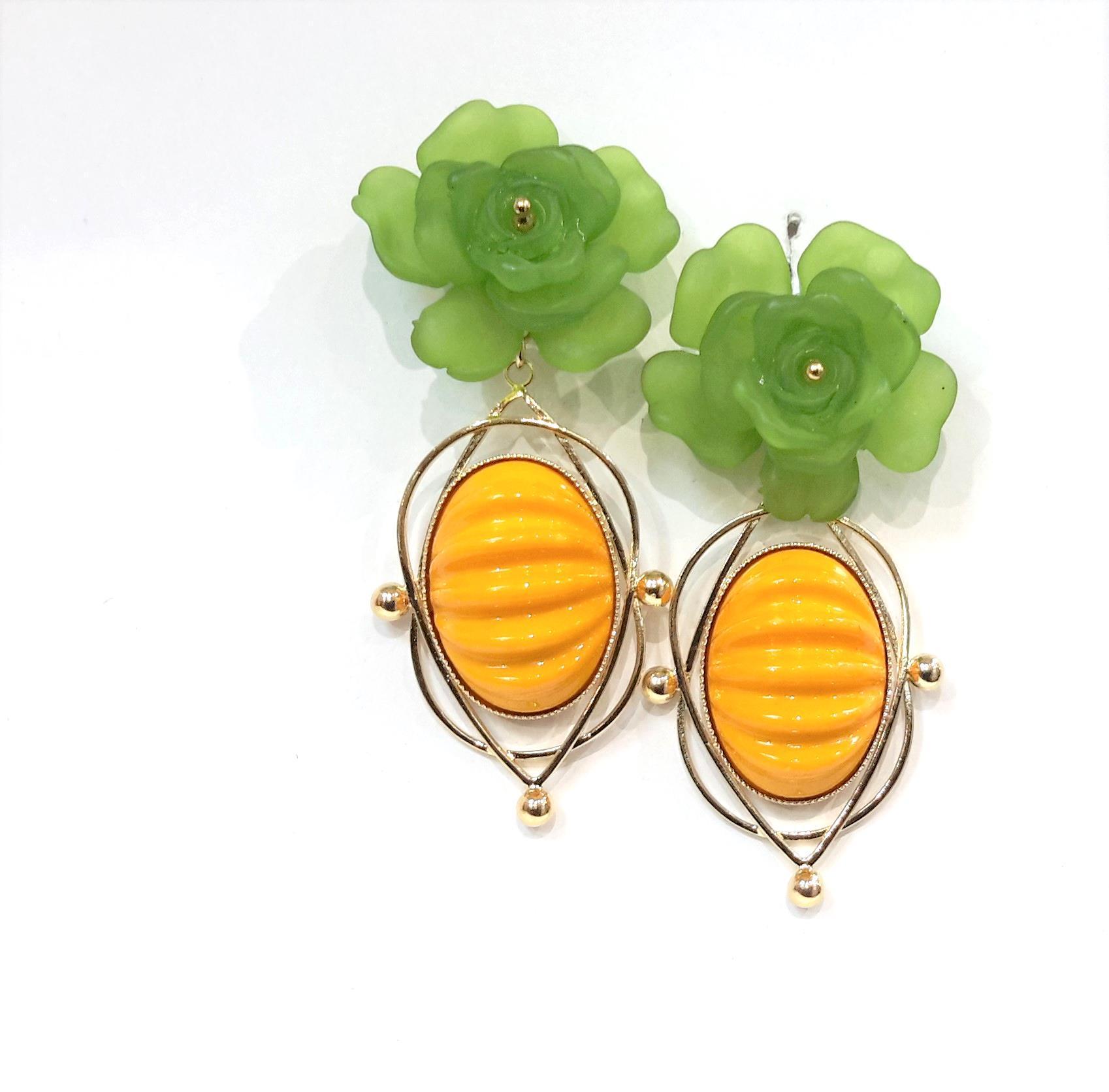 Boucles d oreilles de createur julie sion petunia vert