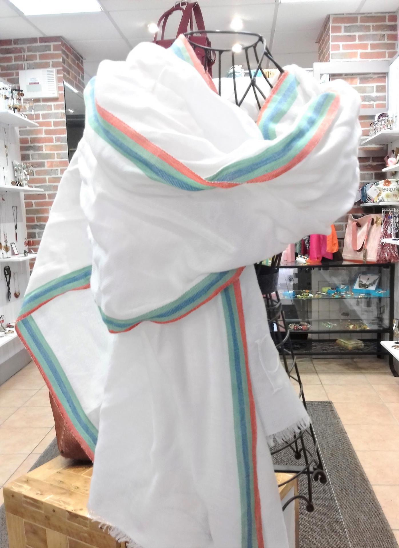 Foulard petrusse blanc 1